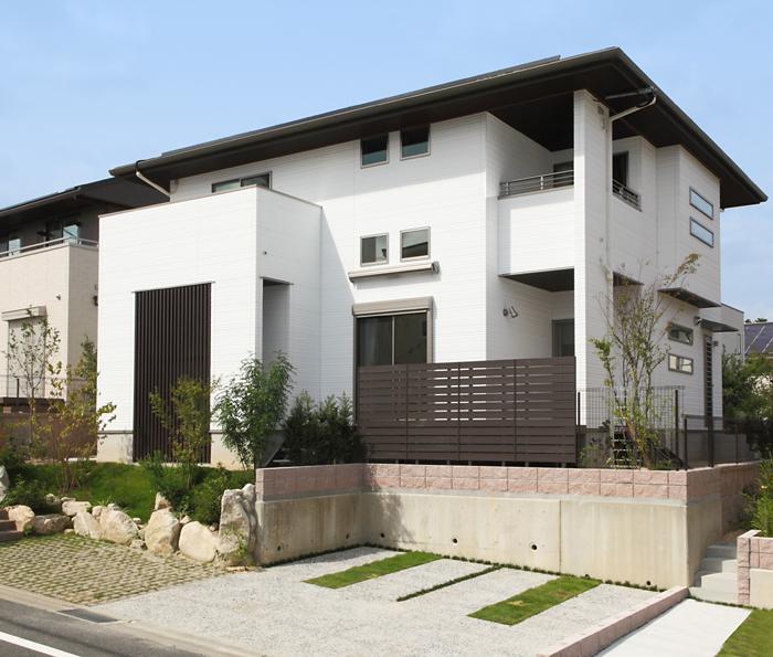 太陽光発電システム搭載のオール電化住宅。